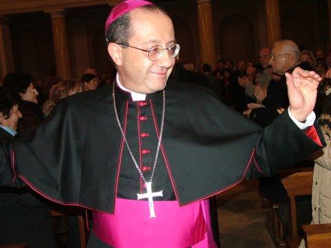 Mons. Bruno Forte (immagine di repertorio)