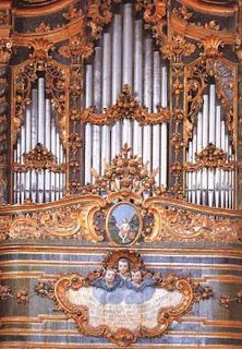 L'organo di Carunchio (foto di G. Potente)