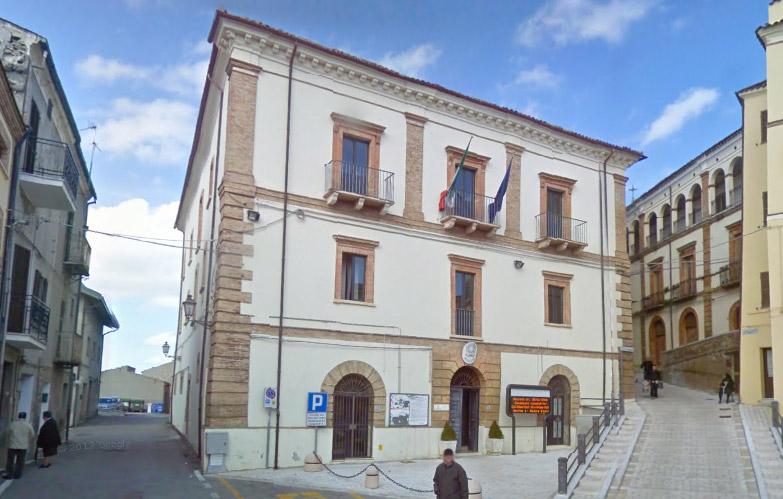 Il municipio di Gissi